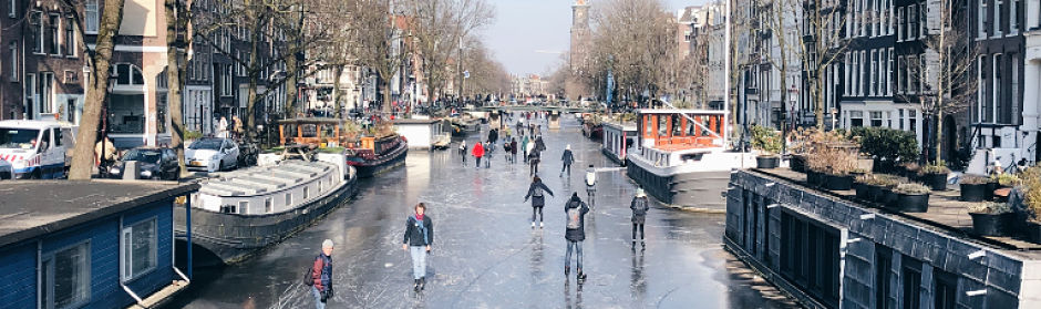 Best time to visit Amsterdam - winter_opt.jpg